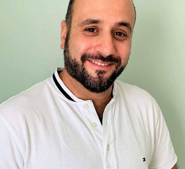 Physiotherapeut Daniel Tehrani der Praxis PhysioHennef